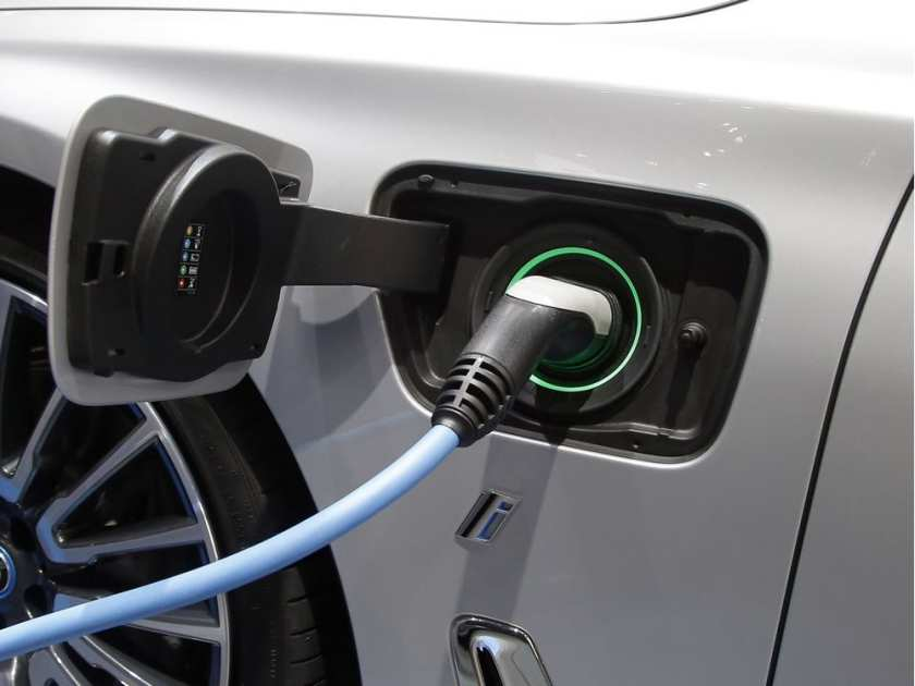 City's online poll reveals most aspire to drive electric vehicles, but don't own them now