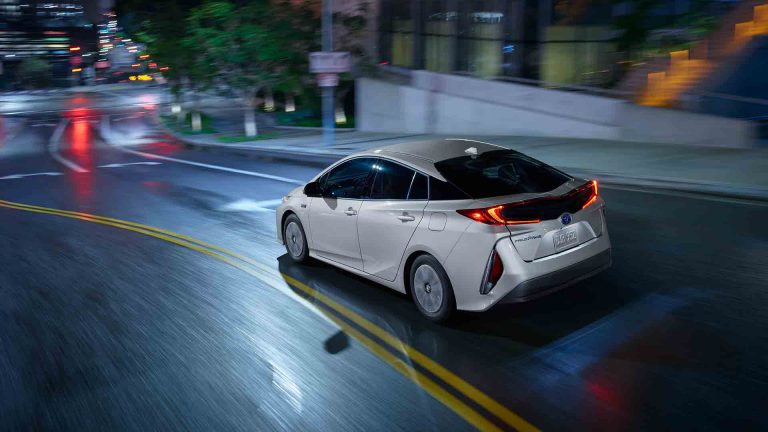 Toyota Prius Prime Has Breakthrough Heat Pump System, Bumps Electric Range Up 21% In Cold